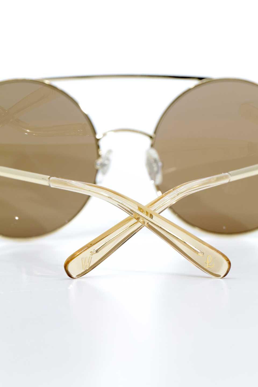 WONDERLANDのBLYTHE(03-Gold/BronzeLens)ブライス・メタルフレーム・サングラス/WONDERLANDのメガネ・サングラスや。INDIOより大きめのラウンドグラスを採用した女性向けモデル「BLYTHE/ブライス」WONDERLANDの中でもSUNCITYの次に大きいグラスを採用し、同じラウンド型サングラスのINDIOやSTATELINEとは異なる特徴的なデザインです。ブリッジ部分はSTATELINEやINDIOと同様「ツーブリッジ」を採用。/main-15