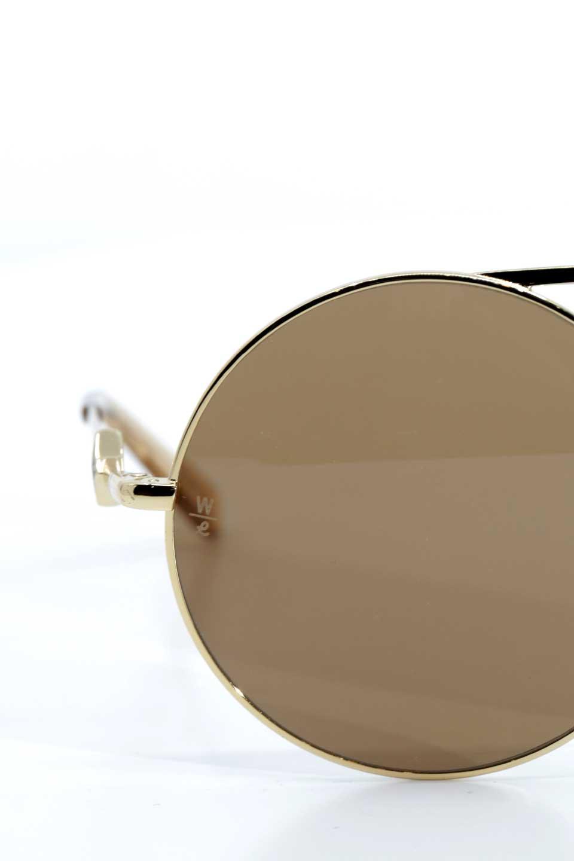 WONDERLANDのBLYTHE(03-Gold/BronzeLens)ブライス・メタルフレーム・サングラス/WONDERLANDのメガネ・サングラスや。INDIOより大きめのラウンドグラスを採用した女性向けモデル「BLYTHE/ブライス」WONDERLANDの中でもSUNCITYの次に大きいグラスを採用し、同じラウンド型サングラスのINDIOやSTATELINEとは異なる特徴的なデザインです。ブリッジ部分はSTATELINEやINDIOと同様「ツーブリッジ」を採用。/main-6