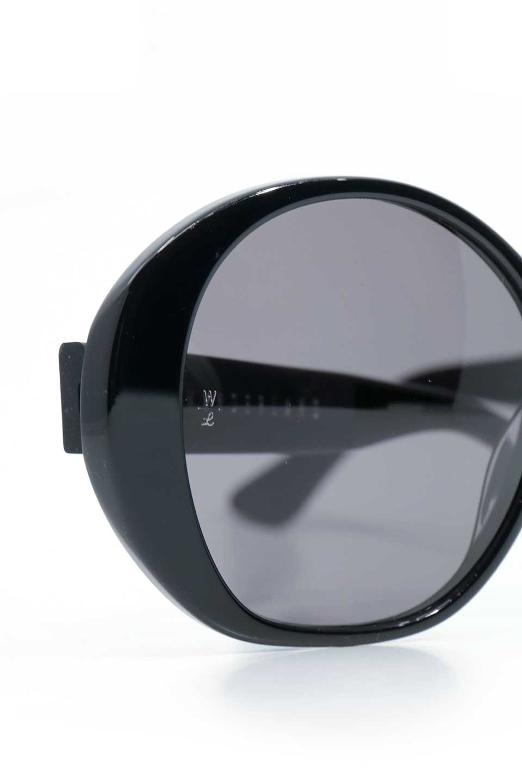 WONDERLANDのSUNCITY(03-Black/GreyLens)サンシティー・セルフレーム・サングラス/WONDERLANDのメガネ・サングラスや。COLONY同様ウィメンズフレームとなる