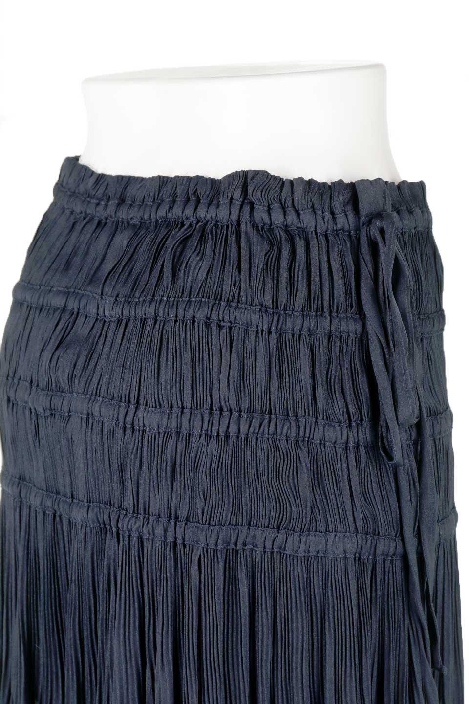L.A.直輸入のPleatedMidiSkirtプリーツ入りミディスカート大人カジュアルに最適な海外ファッションのothers(その他インポートアイテム)のボトムやスカート。スッキリとした腰回りで大人のカジュアルコーディネートが楽しめるプリーツスカート。カラーは濃い目のネイビー。/main-11