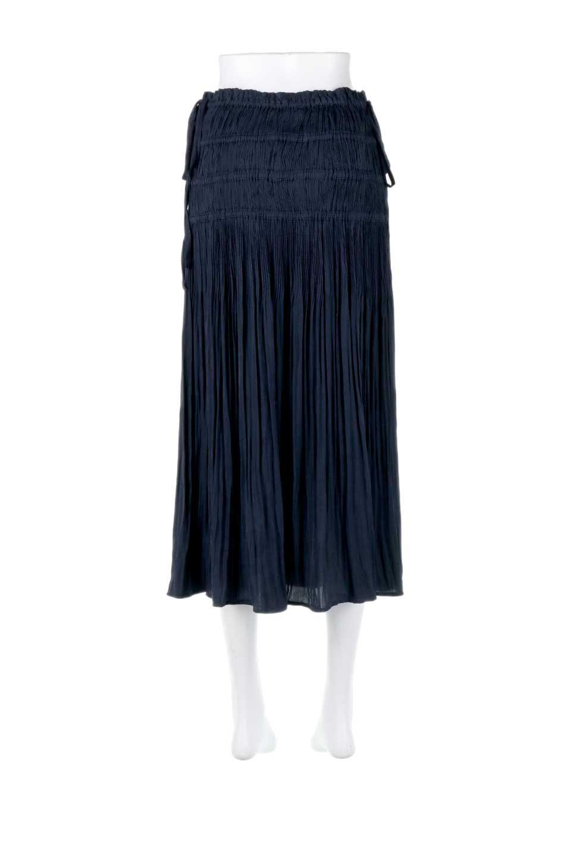 L.A.直輸入のPleatedMidiSkirtプリーツ入りミディスカート大人カジュアルに最適な海外ファッションのothers(その他インポートアイテム)のボトムやスカート。スッキリとした腰回りで大人のカジュアルコーディネートが楽しめるプリーツスカート。カラーは濃い目のネイビー。/main-4