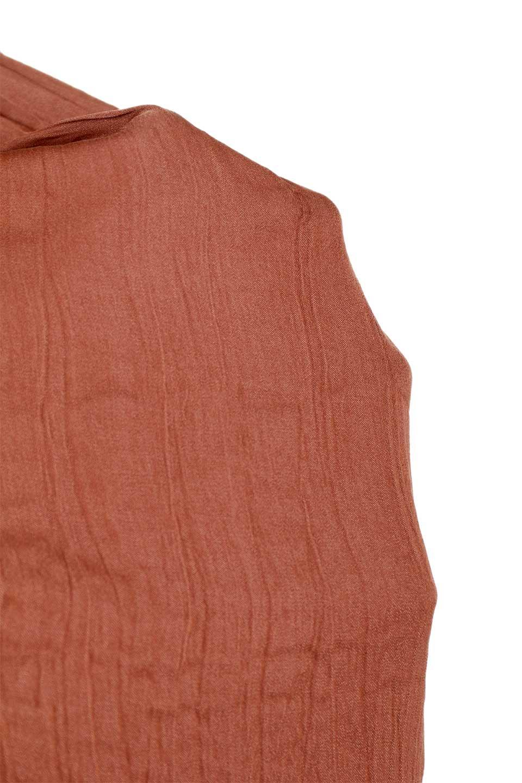 L.A.直輸入のPleatedRuffledDressクラッシュプリーツ入りラッフルワンピース大人カジュアルに最適な海外ファッションのothers(その他インポートアイテム)のワンピースやミディワンピース。全身にクラッシュプリーツを施した長袖のワンピース。ウエストと膝の部分の短めのティアードがピントのミディワンピースです。/main-21