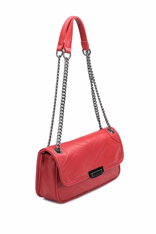 meliebiancoのAndie(Red)キルティングレザー・ショルダーバッグ/海外ファッション好きにオススメのインポートバッグとかばん、MelieBianco(メリービアンコ)のバッグやショルダーバッグ。meliebianco(メリービアンコ)の2019年春夏の新作になります。メリービアンコ自慢のビーガンレザーを使用したアニマルフレンドリーなアイテム。/main-5