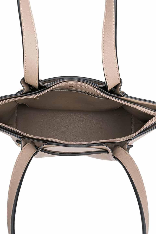 meliebiancoのSarah(Nude)スムースレザー・トートバッグ/海外ファッション好きにオススメのインポートバッグとかばん、MelieBianco(メリービアンコ)のバッグやトートバッグ。meliebianco(メリービアンコ)の2019年春夏の新作になります。メリービアンコ自慢のビーガンレザーを使用したアニマルフレンドリーなアイテム。/main-6