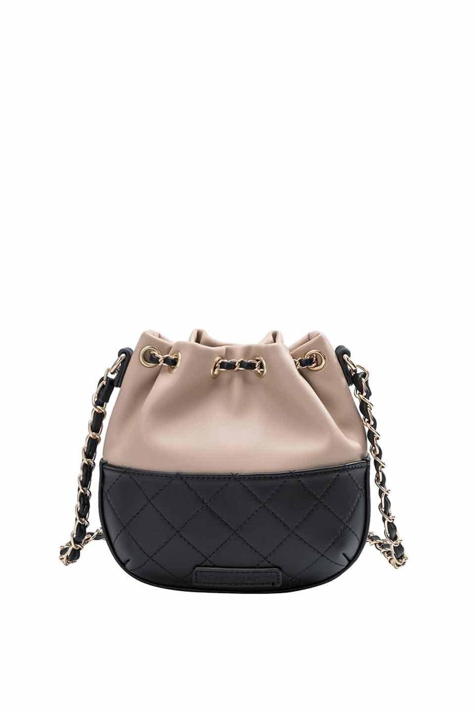 meliebiancoのKathy(Nude)チェーンストラップ・巾着バッグ/海外ファッション好きにオススメのインポートバッグとかばん、MelieBianco(メリービアンコ)のバッグやショルダーバッグ。meliebianco(メリービアンコ)の2019年春夏の新作になります。メリービアンコ自慢のビーガンレザーを使用したアニマルフレンドリーなアイテム。/main-5