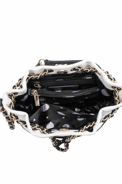 meliebiancoのKathy(White)チェーンストラップ・巾着バッグ/海外ファッション好きにオススメのインポートバッグとかばん、MelieBianco(メリービアンコ)のバッグやショルダーバッグ。meliebianco(メリービアンコ)の2019年春夏の新作になります。メリービアンコ自慢のビーガンレザーを使用したアニマルフレンドリーなアイテム。/main-5