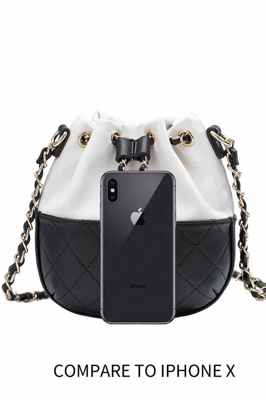 meliebiancoのKathy(White)チェーンストラップ・巾着バッグ/海外ファッション好きにオススメのインポートバッグとかばん、MelieBianco(メリービアンコ)のバッグやショルダーバッグ。meliebianco(メリービアンコ)の2019年春夏の新作になります。メリービアンコ自慢のビーガンレザーを使用したアニマルフレンドリーなアイテム。/main-6