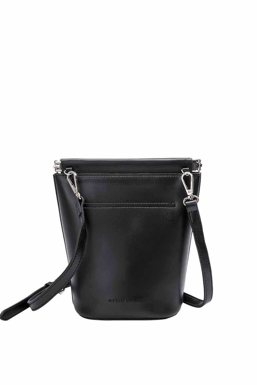 meliebiancoのTami(Black)フルオープン・ショルダーバッグ/海外ファッション好きにオススメのインポートバッグとかばん、MelieBianco(メリービアンコ)のバッグやショルダーバッグ。meliebianco(メリービアンコ)の2019年春夏の新作になります。メリービアンコ自慢のビーガンレザーを使用したアニマルフレンドリーなアイテム。/main-5
