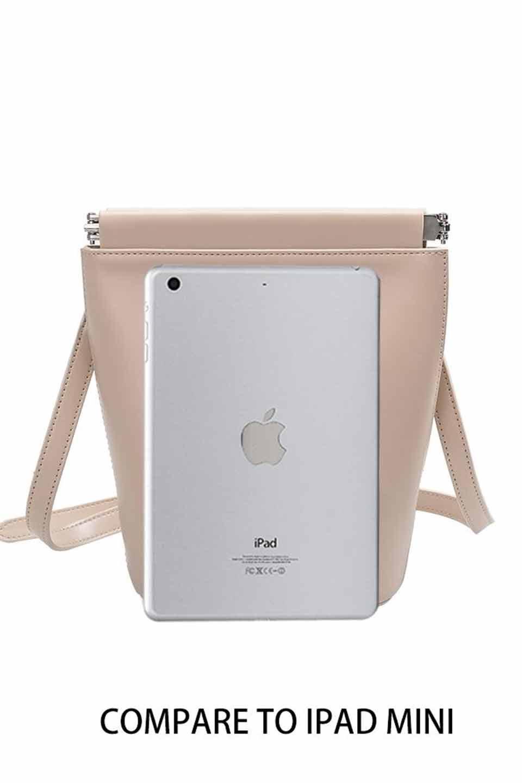 meliebiancoのTami(Nude)フルオープン・ショルダーバッグ/海外ファッション好きにオススメのインポートバッグとかばん、MelieBianco(メリービアンコ)のバッグやショルダーバッグ。meliebianco(メリービアンコ)の2019年春夏の新作になります。メリービアンコ自慢のビーガンレザーを使用したアニマルフレンドリーなアイテム。/main-7