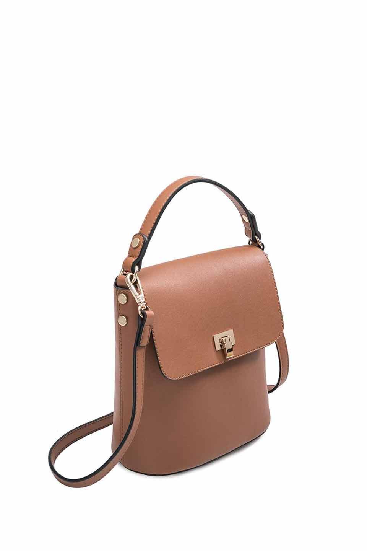 meliebiancoのRemy(Saddle)スクエア・ミニハンドバッグ/海外ファッション好きにオススメのインポートバッグとかばん、MelieBianco(メリービアンコ)のバッグやショルダーバッグ。meliebianco(メリービアンコ)の2019年春夏の新作になります。メリービアンコ自慢のビーガンレザーを使用したアニマルフレンドリーなアイテム。/main-6