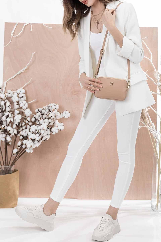 meliebiancoのEmilia(Nude)ダブルジップ・ミニショルダーバッグ/海外ファッション好きにオススメのインポートバッグとかばん、MelieBianco(メリービアンコ)のバッグやショルダーバッグ。meliebianco(メリービアンコ)の2019年春夏の新作になります。メリービアンコ自慢のビーガンレザーを使用したアニマルフレンドリーなアイテム。/main-5