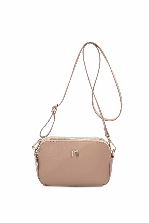 meliebiancoのEmilia(Nude)ダブルジップ・ミニショルダーバッグ/海外ファッション好きにオススメのインポートバッグとかばん、MelieBianco(メリービアンコ)のバッグやショルダーバッグ。meliebianco(メリービアンコ)の2019年春夏の新作になります。メリービアンコ自慢のビーガンレザーを使用したアニマルフレンドリーなアイテム。/main-6