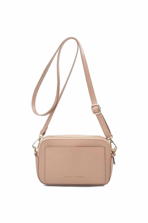 meliebiancoのEmilia(Nude)ダブルジップ・ミニショルダーバッグ/海外ファッション好きにオススメのインポートバッグとかばん、MelieBianco(メリービアンコ)のバッグやショルダーバッグ。meliebianco(メリービアンコ)の2019年春夏の新作になります。メリービアンコ自慢のビーガンレザーを使用したアニマルフレンドリーなアイテム。/main-8