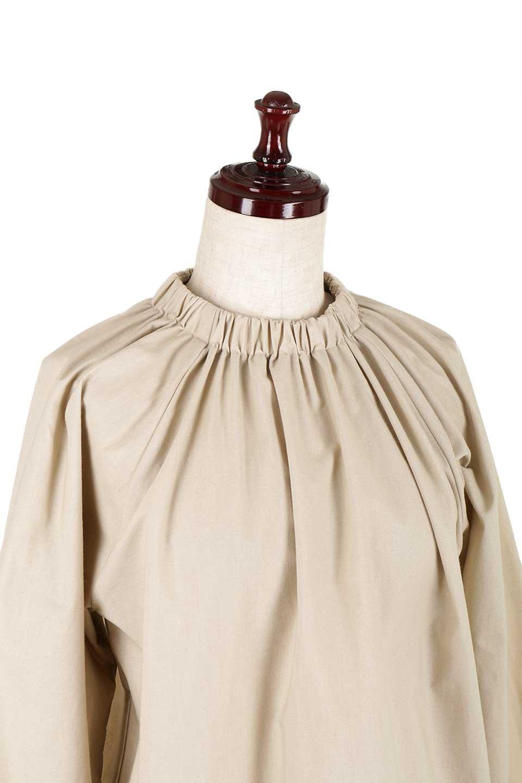 GatheredHighNeckBlouseギャザーハイネック・コットンブラウス大人カジュアルに最適な海外ファッションのothers(その他インポートアイテム)のトップスやシャツ・ブラウス。ギャザーを配した低めのハイネックの長袖ブラウス。コットン100%でリネンのようなシャキッとしたハリのある素材感でナチュラルな雰囲気です。/main-15