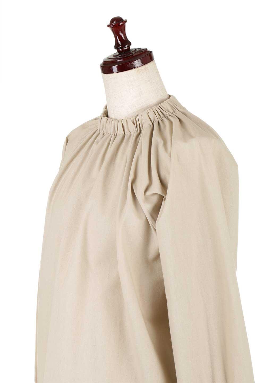 GatheredHighNeckBlouseギャザーハイネック・コットンブラウス大人カジュアルに最適な海外ファッションのothers(その他インポートアイテム)のトップスやシャツ・ブラウス。ギャザーを配した低めのハイネックの長袖ブラウス。コットン100%でリネンのようなシャキッとしたハリのある素材感でナチュラルな雰囲気です。/main-16