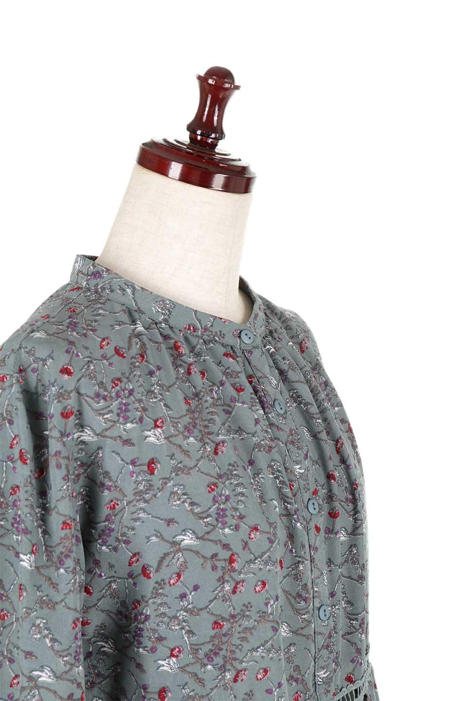 FloralPrintedLongSleeveDress小花柄・長袖ワンピース大人カジュアルに最適な海外ファッションのothers(その他インポートアイテム)のワンピースやミディワンピース。オールシーズン着回せる小花柄のワンピース。ゆったりサイズですが袖が細めなので案外スッキリしたイメージです。/main-15