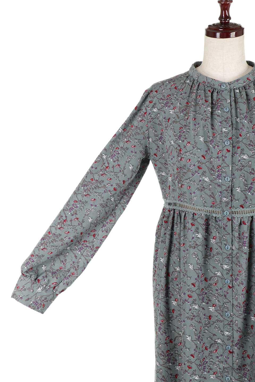 FloralPrintedLongSleeveDress小花柄・長袖ワンピース大人カジュアルに最適な海外ファッションのothers(その他インポートアイテム)のワンピースやミディワンピース。オールシーズン着回せる小花柄のワンピース。ゆったりサイズですが袖が細めなので案外スッキリしたイメージです。/main-22