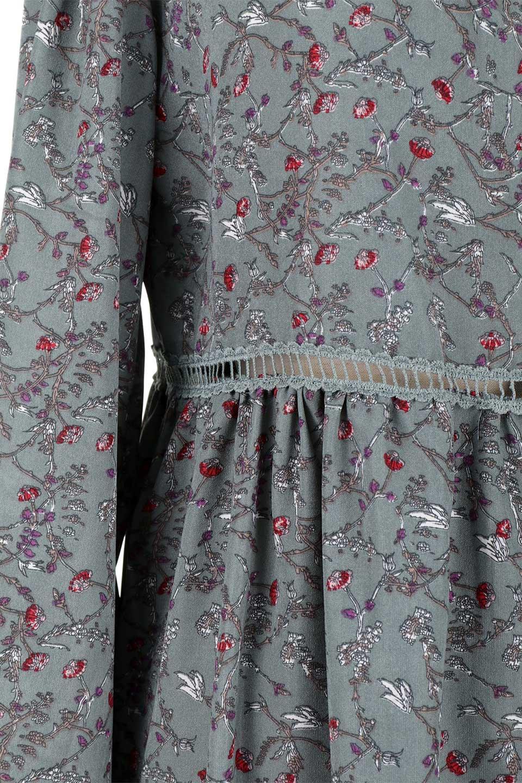 FloralPrintedLongSleeveDress小花柄・長袖ワンピース大人カジュアルに最適な海外ファッションのothers(その他インポートアイテム)のワンピースやミディワンピース。オールシーズン着回せる小花柄のワンピース。ゆったりサイズですが袖が細めなので案外スッキリしたイメージです。/main-23