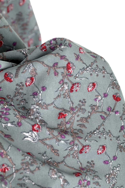 FloralPrintedLongSleeveDress小花柄・長袖ワンピース大人カジュアルに最適な海外ファッションのothers(その他インポートアイテム)のワンピースやミディワンピース。オールシーズン着回せる小花柄のワンピース。ゆったりサイズですが袖が細めなので案外スッキリしたイメージです。/main-27