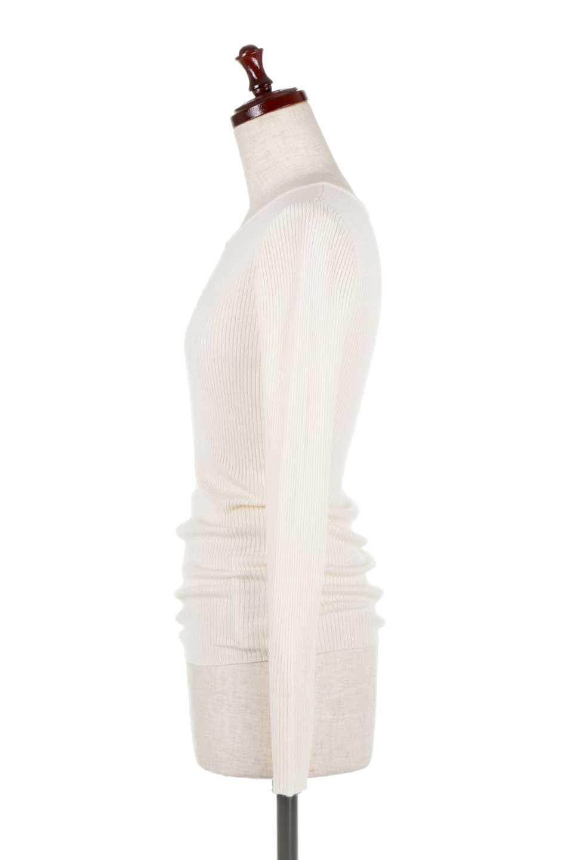 2-Way&4-SeasonsRibbedKnitTop2Wayリブニット大人カジュアルに最適な海外ファッションのothers(その他インポートアイテム)のトップスやニット・セーター。応用力抜群のリブニットトップス。程よくタイトなシルエットで前後どちらでも着れるスグレモノ。/main-12