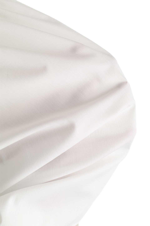 MacrameLaceBlouseマクラメレース切り替えブラウス大人カジュアルに最適な海外ファッションのothers(その他インポートアイテム)のトップスやシャツ・ブラウス。幾何学模様のマクラメレースが可愛い春ブラウス。キャンディースリーブのブラウスにギャザーのハイネックと胸元のレースを配して可愛らしく仕上げています。/main-18