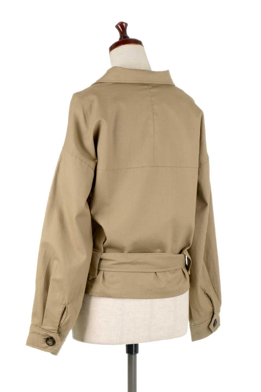 OversizedSafariJacketオーバーサイズ・サファリジャケット大人カジュアルに最適な海外ファッションのothers(その他インポートアイテム)のアウターやジャケット。ショート&オーバーサイズなコットン・サファリジャケット。しっかりしたシャツジャケットのような着心地でこの時期に最適な1枚です。/main-13