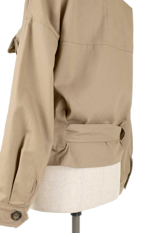 OversizedSafariJacketオーバーサイズ・サファリジャケット大人カジュアルに最適な海外ファッションのothers(その他インポートアイテム)のアウターやジャケット。ショート&オーバーサイズなコットン・サファリジャケット。しっかりしたシャツジャケットのような着心地でこの時期に最適な1枚です。/main-23
