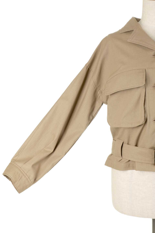 OversizedSafariJacketオーバーサイズ・サファリジャケット大人カジュアルに最適な海外ファッションのothers(その他インポートアイテム)のアウターやジャケット。ショート&オーバーサイズなコットン・サファリジャケット。しっかりしたシャツジャケットのような着心地でこの時期に最適な1枚です。/main-24