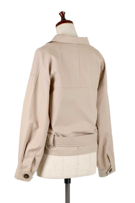 OversizedSafariJacketオーバーサイズ・サファリジャケット大人カジュアルに最適な海外ファッションのothers(その他インポートアイテム)のアウターやジャケット。ショート&オーバーサイズなコットン・サファリジャケット。しっかりしたシャツジャケットのような着心地でこの時期に最適な1枚です。/main-8