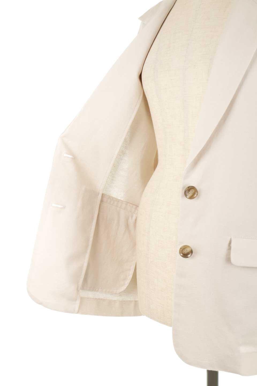 2ButtonTailoredJacket麻混2ボタン・テイラードジャケット大人カジュアルに最適な海外ファッションのothers(その他インポートアイテム)のアウターやジャケット。春夏に活躍しそうな1枚仕立てのテーラードジャケット。ややゆったりシルエットで幅広い着こなしが楽しめるジャケットです。/main-23