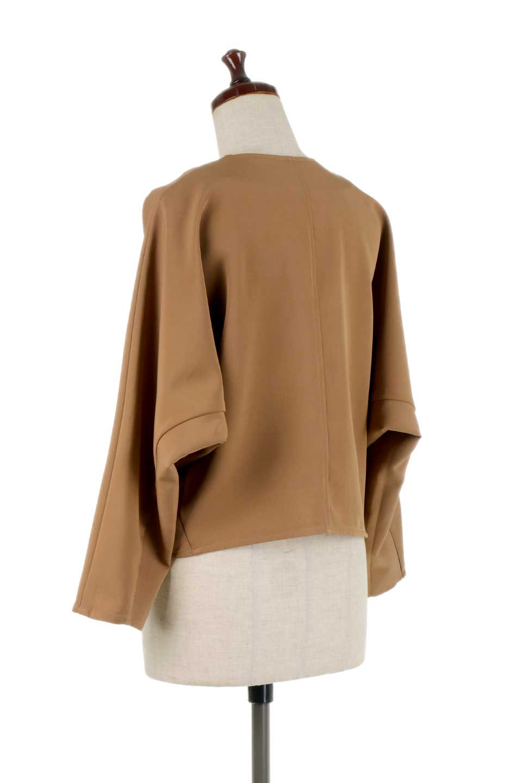 OversizedShortJacketオーバーサイズ・ショートジャケット大人カジュアルに最適な海外ファッションのothers(その他インポートアイテム)のアウターやジャケット。大きめでショート丈の人気シルエットのジャケット。ドルマンスリーブとストレッチ素材で動き安さも抜群。/main-13