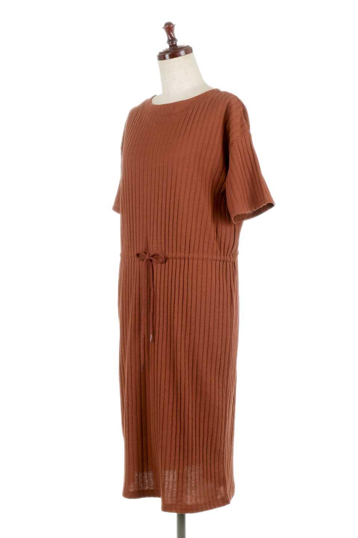 Waist-TiedRibKnitDressワイドリブ・半袖ニットワンピース大人カジュアルに最適な海外ファッションのothers(その他インポートアイテム)のワンピースやミディワンピース。やや薄手のワイドリブニットが爽やかなワンピース。ウエストのリボンの絞り具合で様々なコーデが楽しめます。/main-11