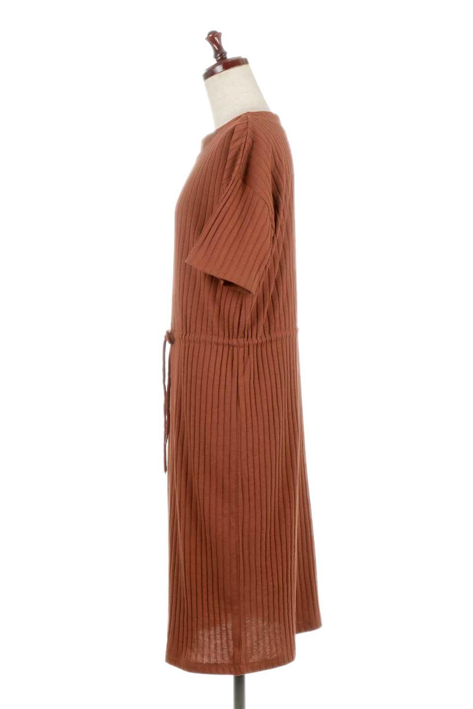 Waist-TiedRibKnitDressワイドリブ・半袖ニットワンピース大人カジュアルに最適な海外ファッションのothers(その他インポートアイテム)のワンピースやミディワンピース。やや薄手のワイドリブニットが爽やかなワンピース。ウエストのリボンの絞り具合で様々なコーデが楽しめます。/main-12