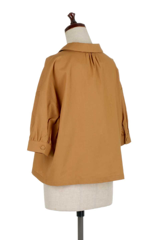 OpenCollarBigShirtsオープンカラー・ビッグシャツ大人カジュアルに最適な海外ファッションのothers(その他インポートアイテム)のトップスやシャツ・ブラウス。オーバーサイズのシルエットが可愛らしいシンプルな開襟シャツ。合わせやすいくすんだ色合いが春夏のコーデを楽しくします。/main-13