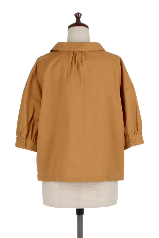 OpenCollarBigShirtsオープンカラー・ビッグシャツ大人カジュアルに最適な海外ファッションのothers(その他インポートアイテム)のトップスやシャツ・ブラウス。オーバーサイズのシルエットが可愛らしいシンプルな開襟シャツ。合わせやすいくすんだ色合いが春夏のコーデを楽しくします。/main-14