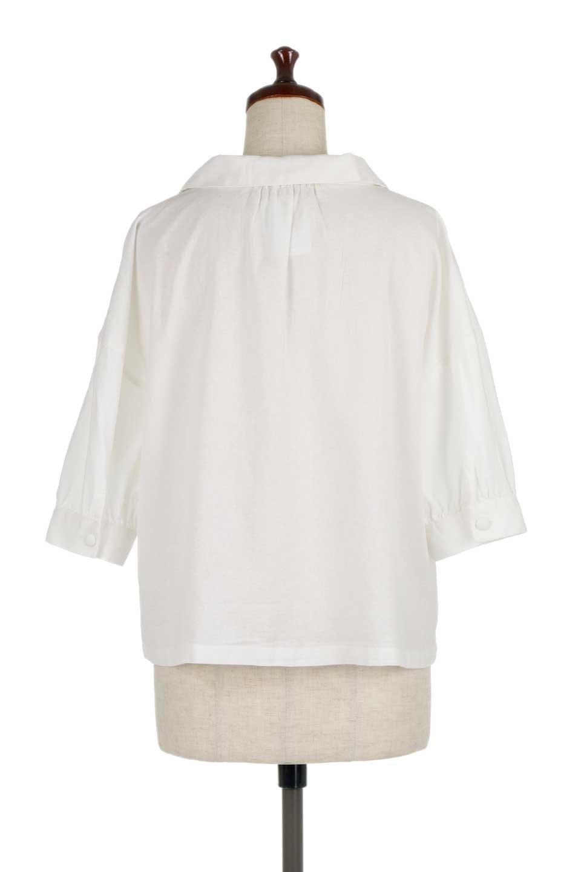 OpenCollarBigShirtsオープンカラー・ビッグシャツ大人カジュアルに最適な海外ファッションのothers(その他インポートアイテム)のトップスやシャツ・ブラウス。オーバーサイズのシルエットが可愛らしいシンプルな開襟シャツ。合わせやすいくすんだ色合いが春夏のコーデを楽しくします。/main-9