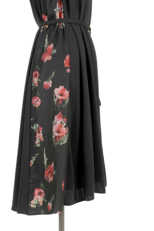 FloralSideLinedSleevelessDress花柄切り替え・Aラインドレス大人カジュアルに最適な海外ファッションのothers(その他インポートアイテム)のワンピースやミディワンピース。パーティーなどで活躍しそうな上品ワンピース。ドレープ感のある生地にサイドの花柄が映える華のあるドレスです。/main-11
