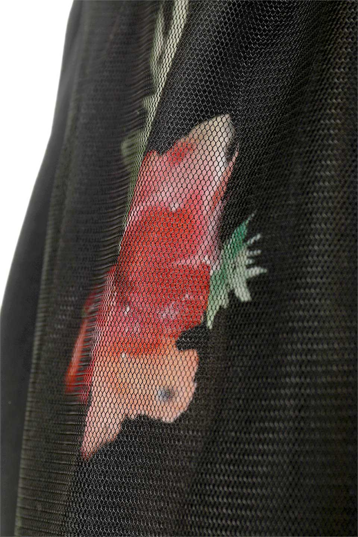FloralSideLinedSleevelessDress花柄切り替え・Aラインドレス大人カジュアルに最適な海外ファッションのothers(その他インポートアイテム)のワンピースやミディワンピース。パーティーなどで活躍しそうな上品ワンピース。ドレープ感のある生地にサイドの花柄が映える華のあるドレスです。/main-15