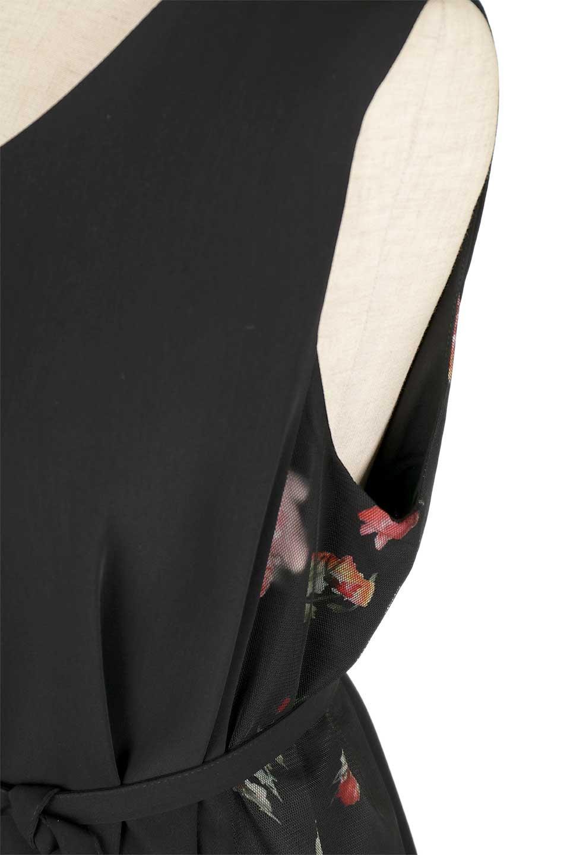 FloralSideLinedSleevelessDress花柄切り替え・Aラインドレス大人カジュアルに最適な海外ファッションのothers(その他インポートアイテム)のワンピースやミディワンピース。パーティーなどで活躍しそうな上品ワンピース。ドレープ感のある生地にサイドの花柄が映える華のあるドレスです。/main-9