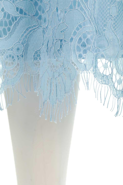 LayeredLaceMidiSkirt総レース・ミディスカート大人カジュアルに最適な海外ファッションのothers(その他インポートアイテム)のボトムやスカート。フェミニンな総レースが可愛いミディ丈スカート。レースの透け感と裏地のサテンの淡い光沢感の組み合わせが春らしいアイテムです。/main-13