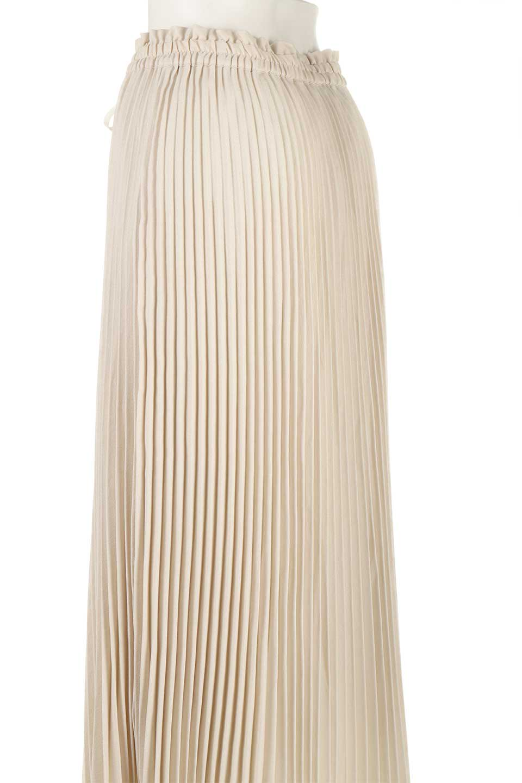 PleatedSkirtLongSkirtハイウエスト・プリーツロングスカート大人カジュアルに最適な海外ファッションのothers(その他インポートアイテム)のボトムやスカート。細めのアコーディオンプリーツがとてもきれいなロングスカート。Aラインのデザインですが広がりすぎない美しいシルエットです。/main-17