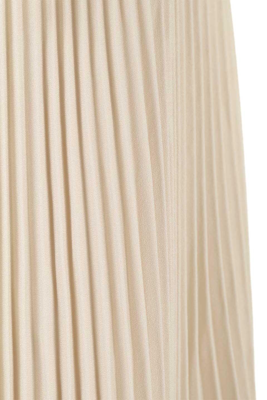 PleatedSkirtLongSkirtハイウエスト・プリーツロングスカート大人カジュアルに最適な海外ファッションのothers(その他インポートアイテム)のボトムやスカート。細めのアコーディオンプリーツがとてもきれいなロングスカート。Aラインのデザインですが広がりすぎない美しいシルエットです。/main-18