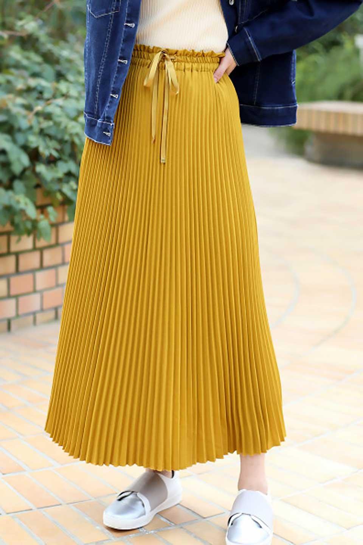 PleatedSkirtLongSkirtハイウエスト・プリーツロングスカート大人カジュアルに最適な海外ファッションのothers(その他インポートアイテム)のボトムやスカート。細めのアコーディオンプリーツがとてもきれいなロングスカート。Aラインのデザインですが広がりすぎない美しいシルエットです。/main-27