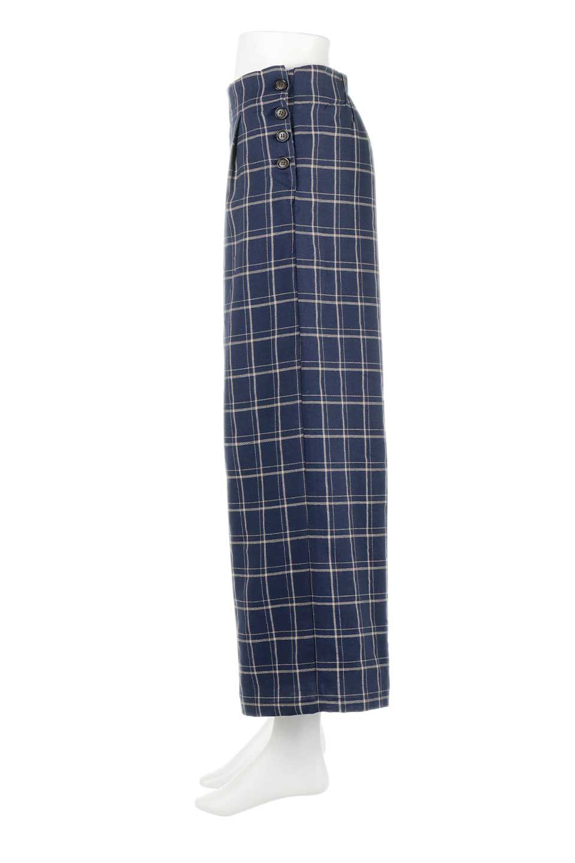 SideButtonWideCheckPantsサイドボタン・チェック柄ワイドパンツ大人カジュアルに最適な海外ファッションのothers(その他インポートアイテム)のボトムやパンツ。春らしいソフトな風合いの生地を使用したワイドパンツ。薄手の生地ですが裾まで裏地付きなので安心です。/main-17