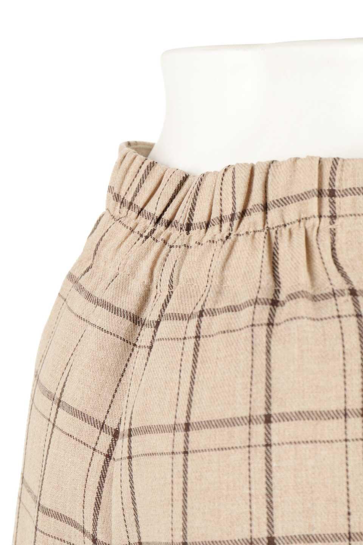 SideButtonWideCheckPantsサイドボタン・チェック柄ワイドパンツ大人カジュアルに最適な海外ファッションのothers(その他インポートアイテム)のボトムやパンツ。春らしいソフトな風合いの生地を使用したワイドパンツ。薄手の生地ですが裾まで裏地付きなので安心です。/main-21