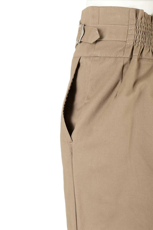CottonTwillGurkhaSkirtミディ丈・グルカスカート大人カジュアルに最適な海外ファッションのothers(その他インポートアイテム)のボトムやスカート。ウエスト回りに特徴があるグルカの仕様をアレンジしたスカート。しっかりしたツイル生地なのでセミタイトのシルエットをきれいに見せてくれます。/main-16