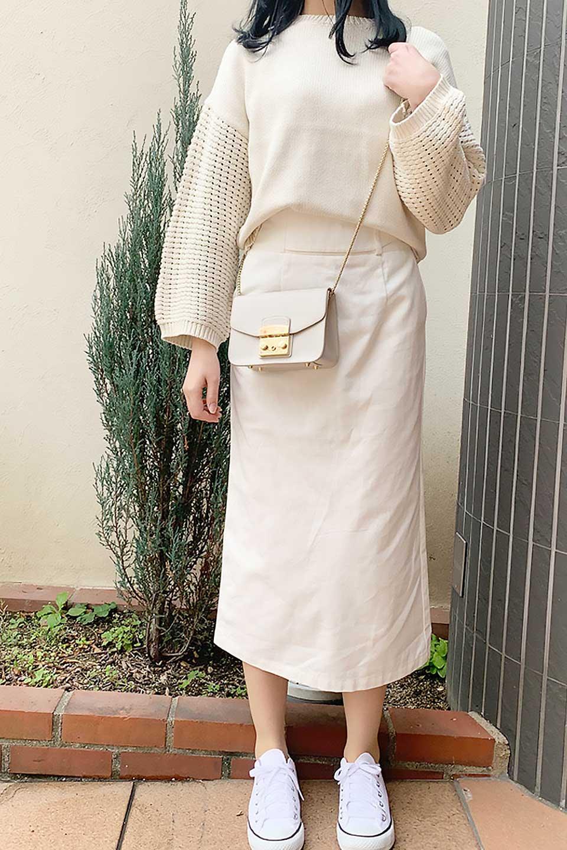 CottonTwillGurkhaSkirtミディ丈・グルカスカート大人カジュアルに最適な海外ファッションのothers(その他インポートアイテム)のボトムやスカート。ウエスト回りに特徴があるグルカの仕様をアレンジしたスカート。しっかりしたツイル生地なのでセミタイトのシルエットをきれいに見せてくれます。/main-22