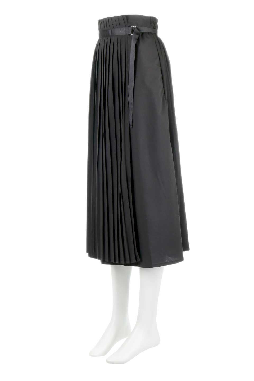 PleatedWrapSkirtプリーツ入り・ラップスカート大人カジュアルに最適な海外ファッションのothers(その他インポートアイテム)のボトムやスカート。柔らかく軽やかなポリエステル素材を使用したラッププリーツスカート。きれいなラインをキープしてくれる、程よいハリ感もおすすめポイントです。/main-11