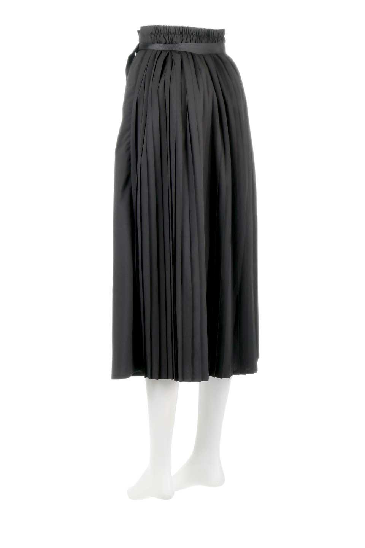 PleatedWrapSkirtプリーツ入り・ラップスカート大人カジュアルに最適な海外ファッションのothers(その他インポートアイテム)のボトムやスカート。柔らかく軽やかなポリエステル素材を使用したラッププリーツスカート。きれいなラインをキープしてくれる、程よいハリ感もおすすめポイントです。/main-13