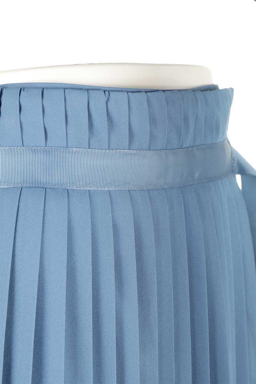 PleatedWrapSkirtプリーツ入り・ラップスカート大人カジュアルに最適な海外ファッションのothers(その他インポートアイテム)のボトムやスカート。柔らかく軽やかなポリエステル素材を使用したラッププリーツスカート。きれいなラインをキープしてくれる、程よいハリ感もおすすめポイントです。/main-15